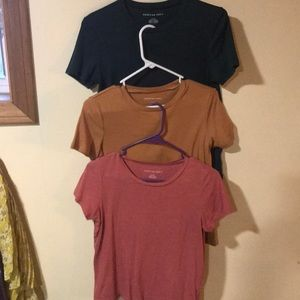 American Eagle tee Shirts size small